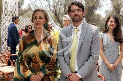 Claudia y José María en el final de Fuego Ardiente