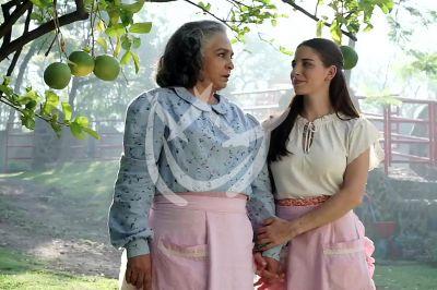 Ana y Macarena en La Desalmada