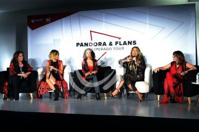 Flans y Pandora se juntan