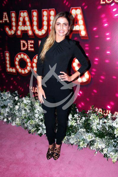 Michelle Renaud al mil con Las Locas