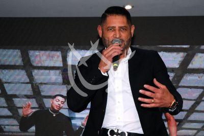 Pancho Barraza llega a los 30 con sus Canciones