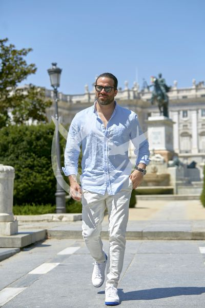Alejandro Nones de paseo por Madrid