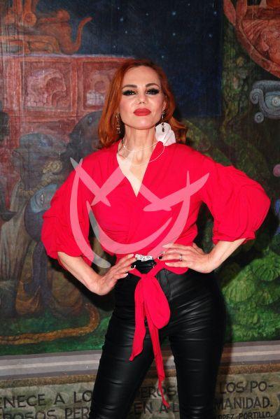 Carmen Campuzano en Privado