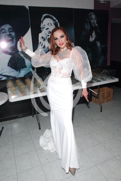 Carmen Campuzano con La Ke Manda