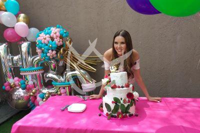 Marlene Favela celebra cumpleaños con La Desalmada