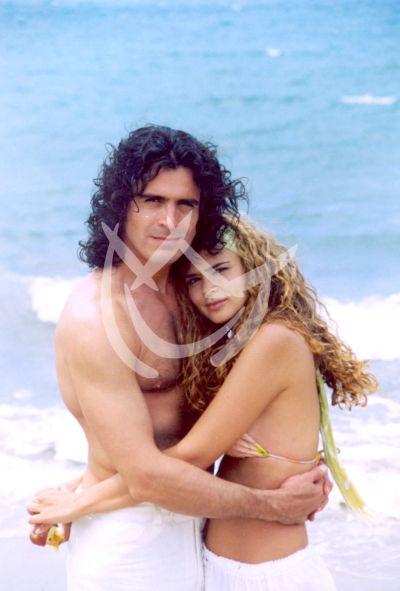 Karen Martínez y Rafael Novoa, 2003