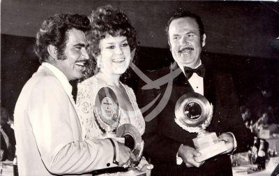 Vicente Fernández, Lucha Villa y Antonio Aguilar 1976