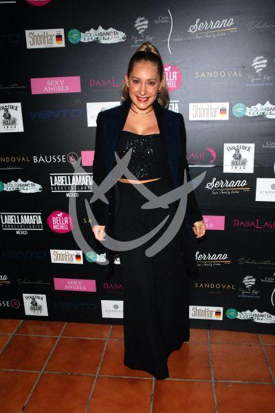 Gaby Carrillo de Cocktail