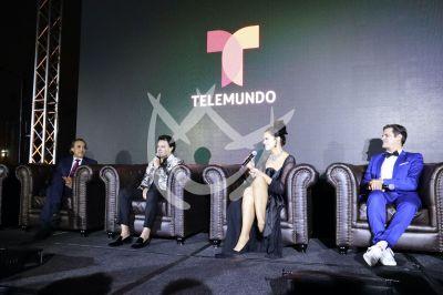 Luis Felipe, Pedro, Isabella y Mark con el patrón