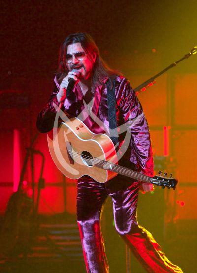 Juanes vuelve al Origen