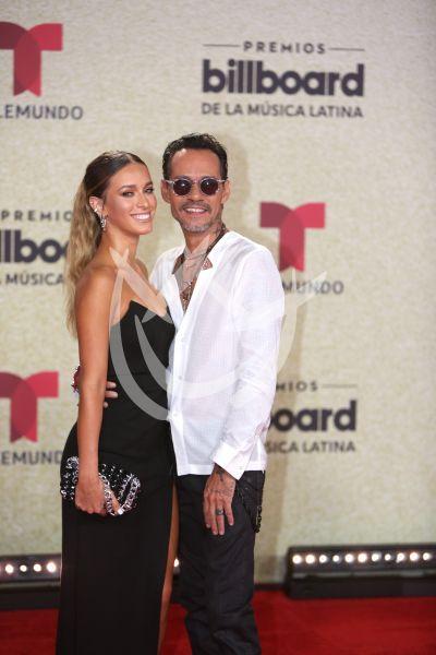 Marc Anthony y novia en Latin Billboard