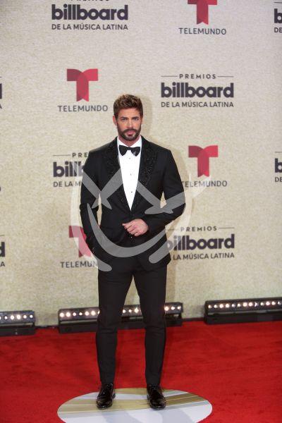 William Levy en Latin Billboard