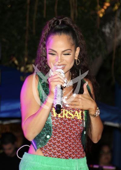Natti Natasha vuelve al escenario