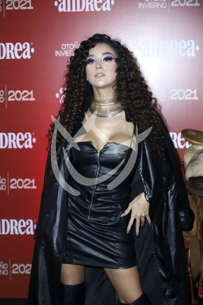 Isis Serrath a la moda