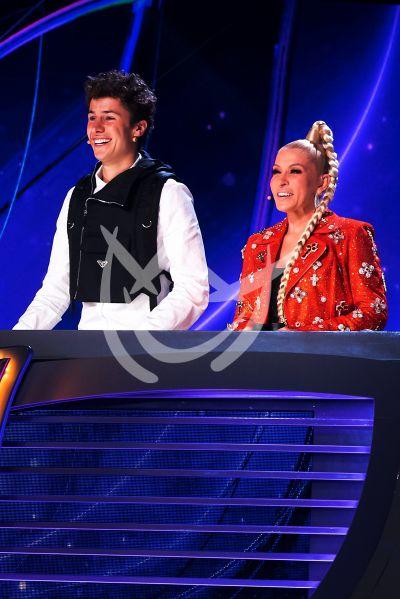 Juanpa y Yuri jueces