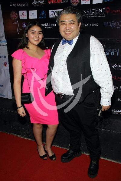 Roberto Tello e hija a la moda