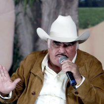 Médicos prohíben trasladar a Vicente Fernández a Houston
