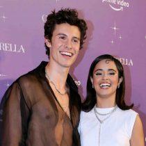 VIDEO: Camila Cabello se hace pipí de la risa